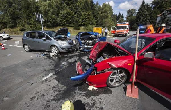 某某诉某某等交通事故纠纷案